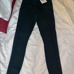 2 pairs of brand new fabletics leggings